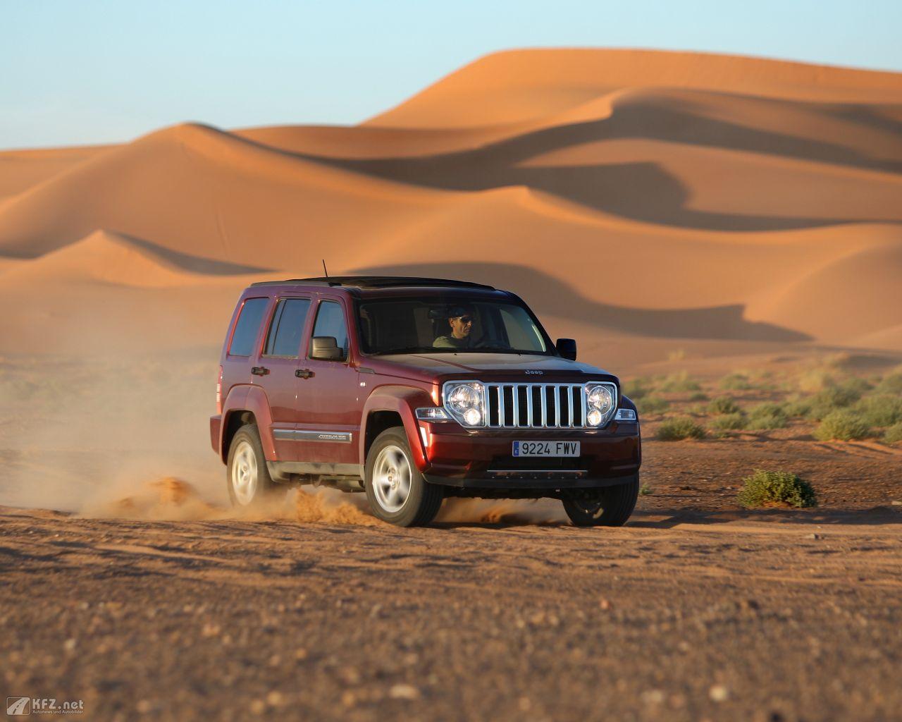 jeep-cherokee-1280x1024-6