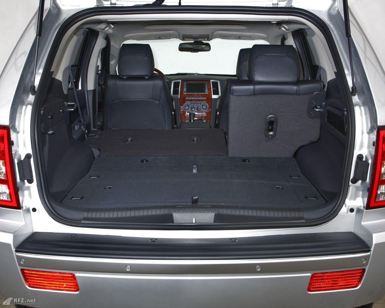 jeep-grand-cherokee-1280x1024-15