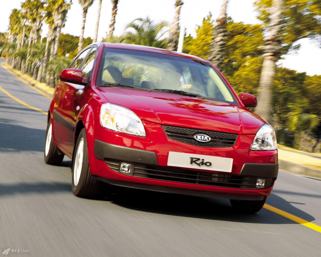 kia-rio-1280x1024-10