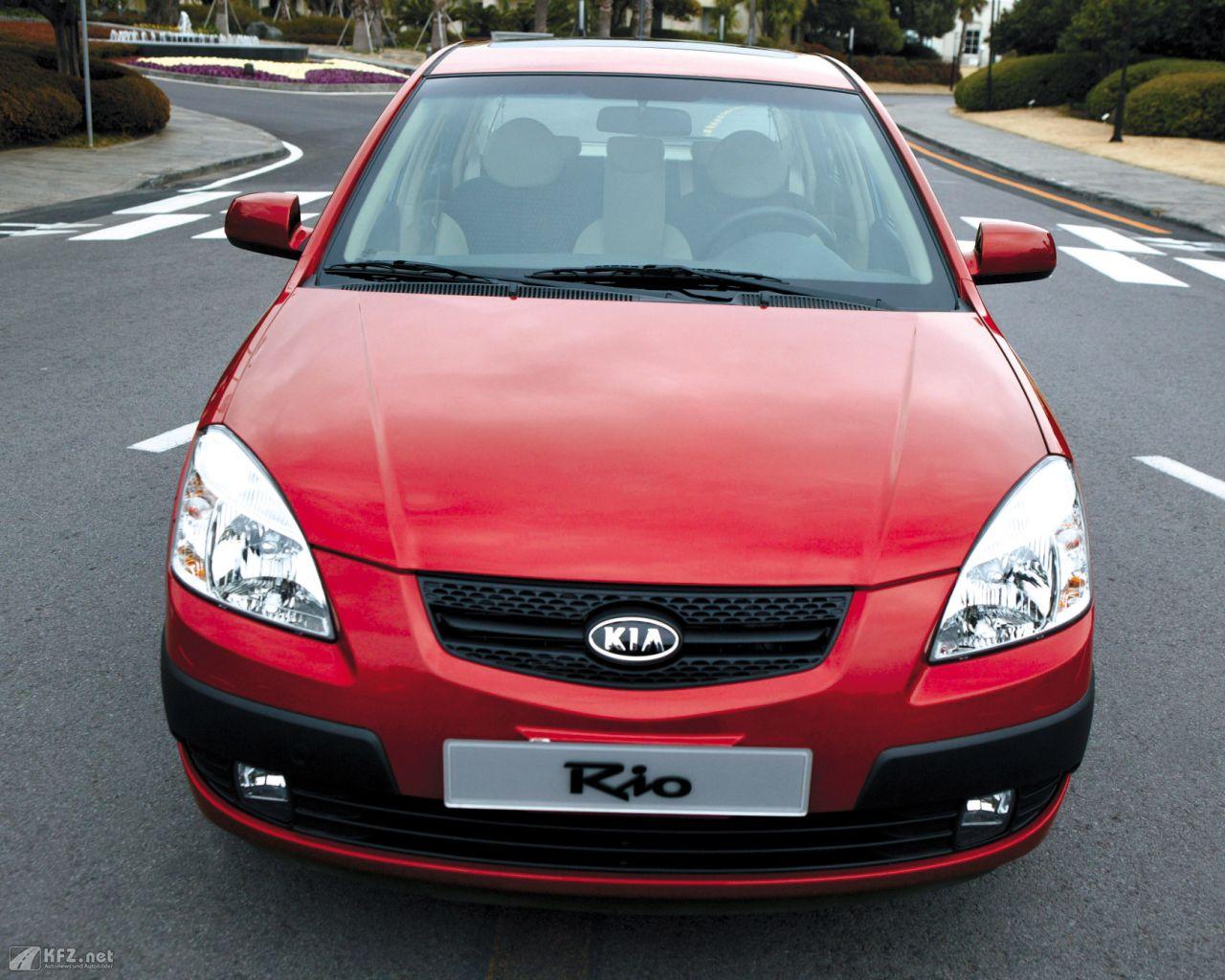 kia-rio-1280x1024-12