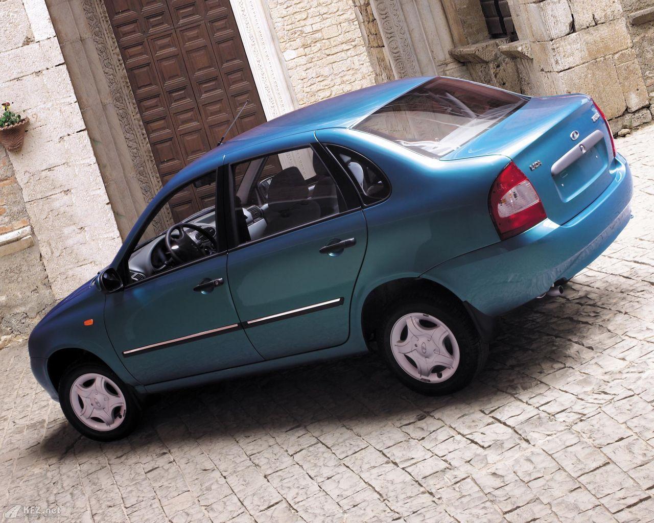 lada-kalina-1118-1280x1024-4
