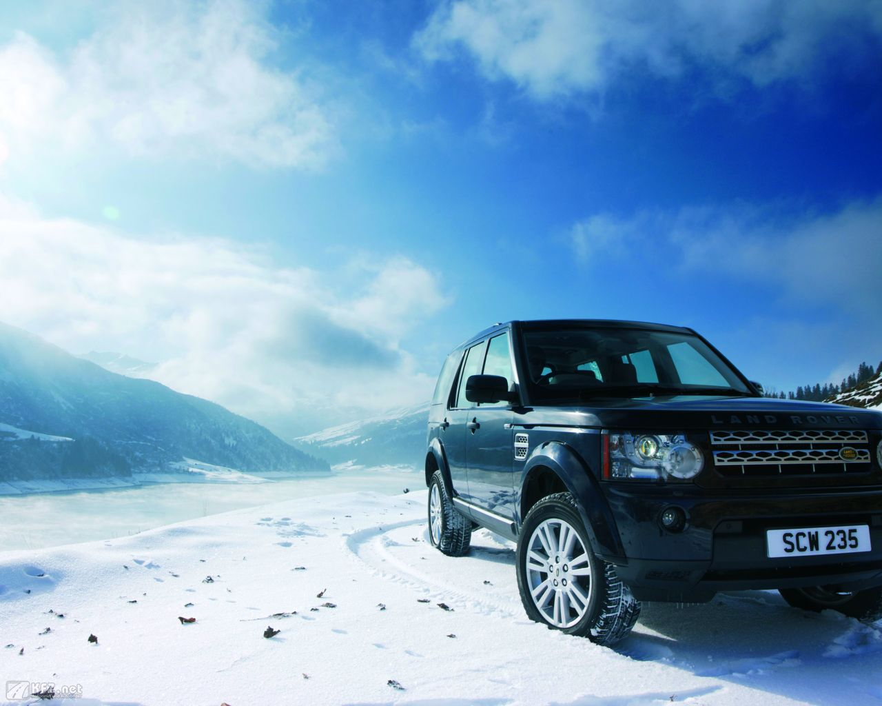 land-rover-discovery-1280x1024-17