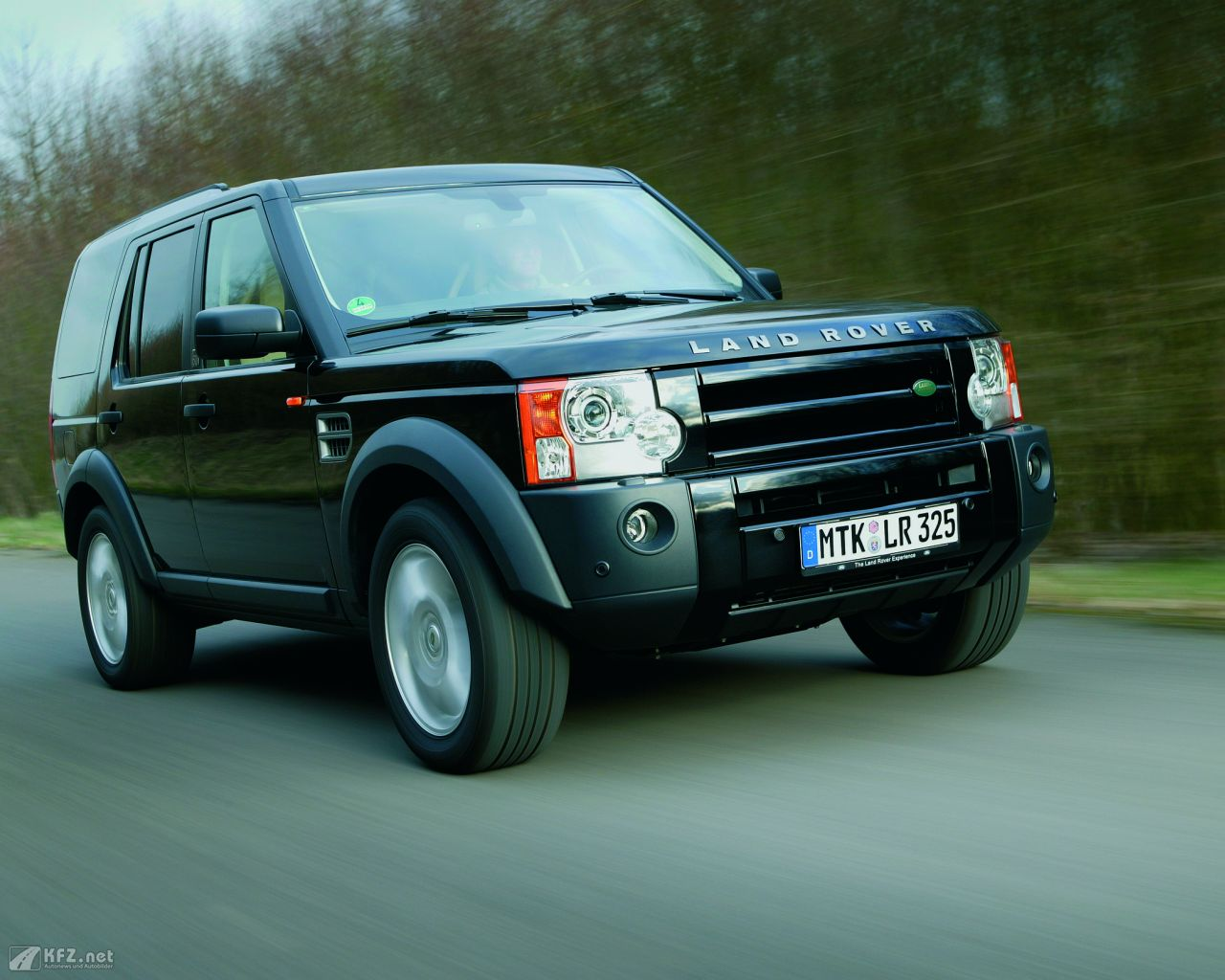 land-rover-discovery-1280x1024-19