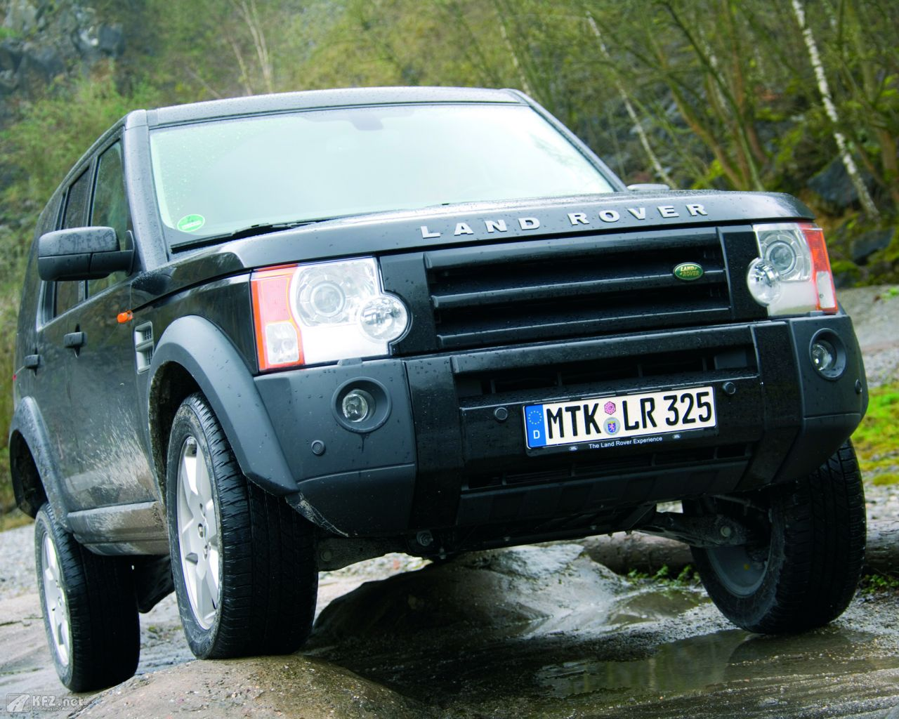 land-rover-discovery-1280x1024-20