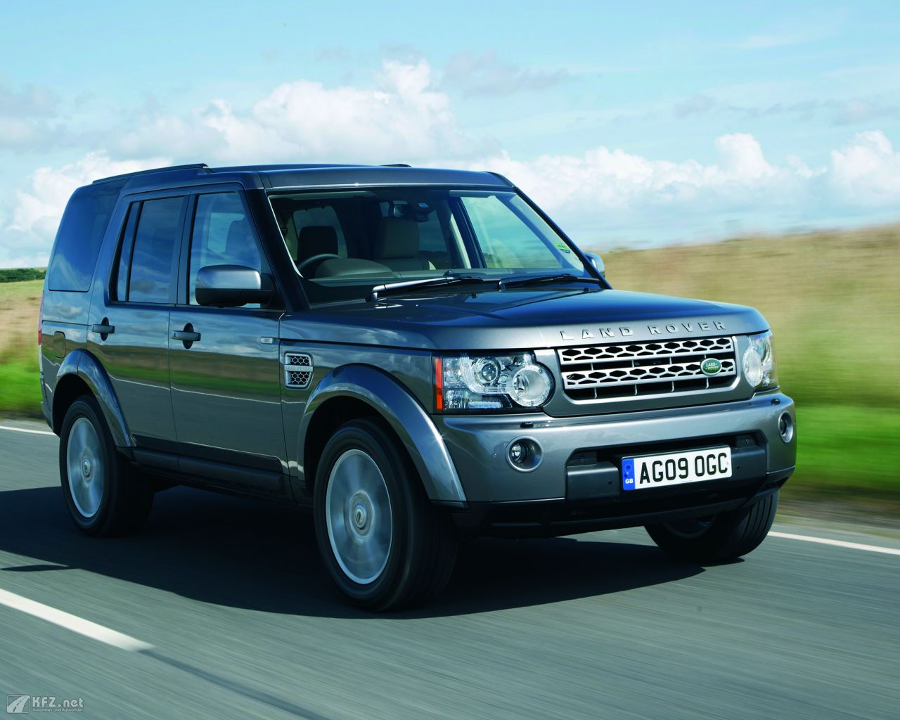 land-rover-discovery-1280x1024-4