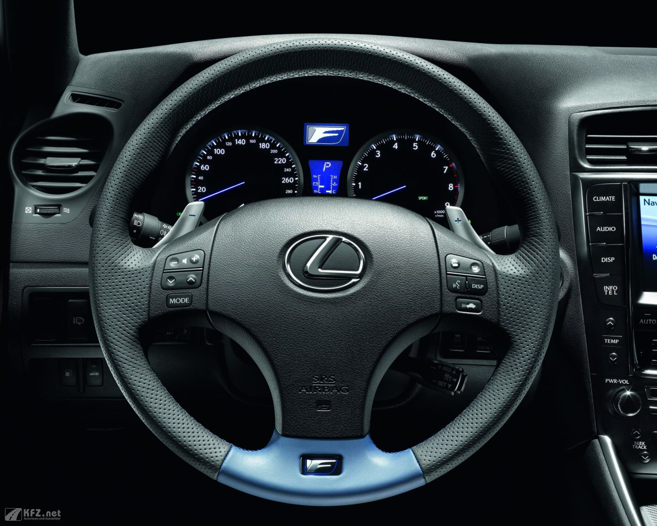 lexus-is-1280x1024-11