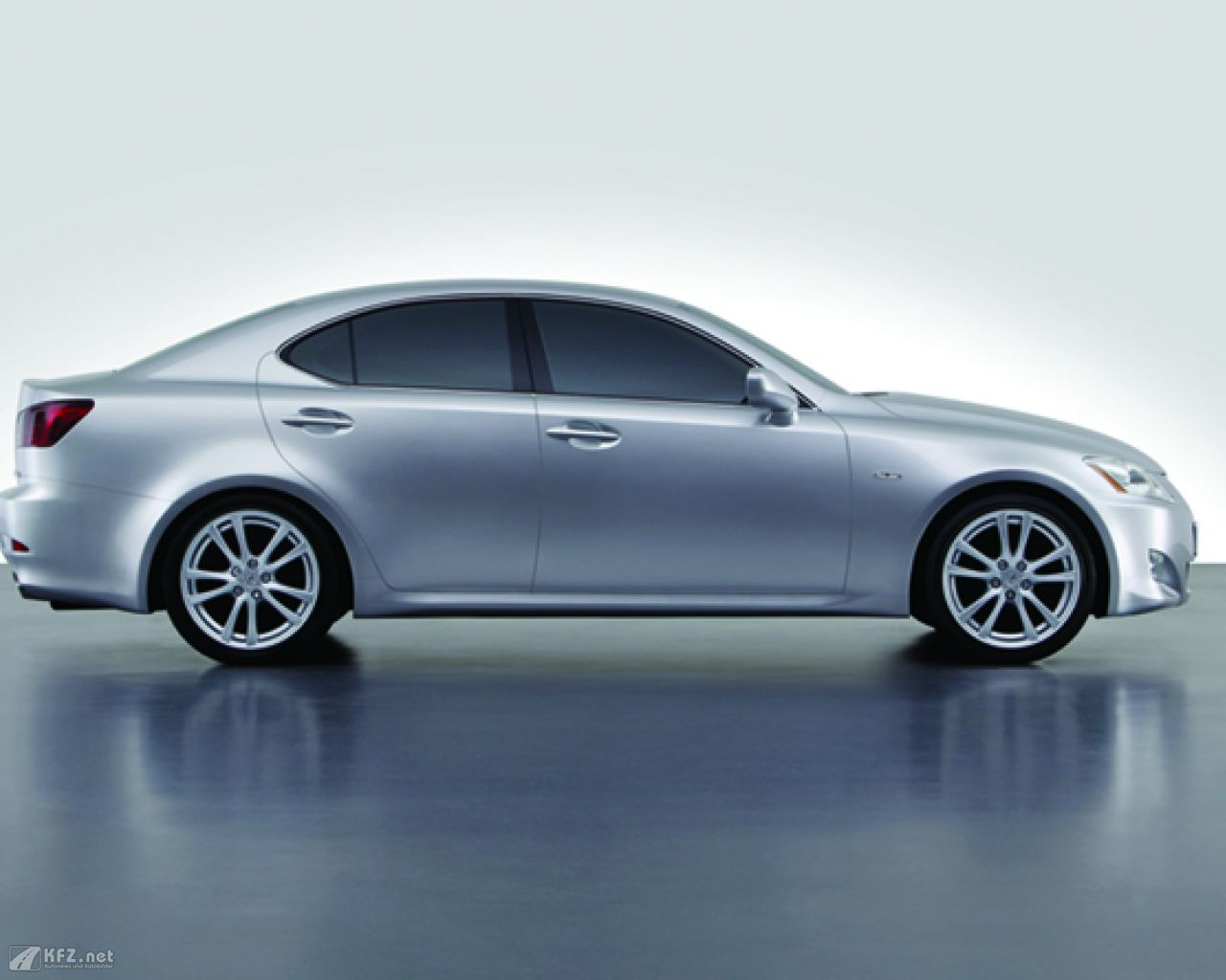lexus-is-1280x1024-14