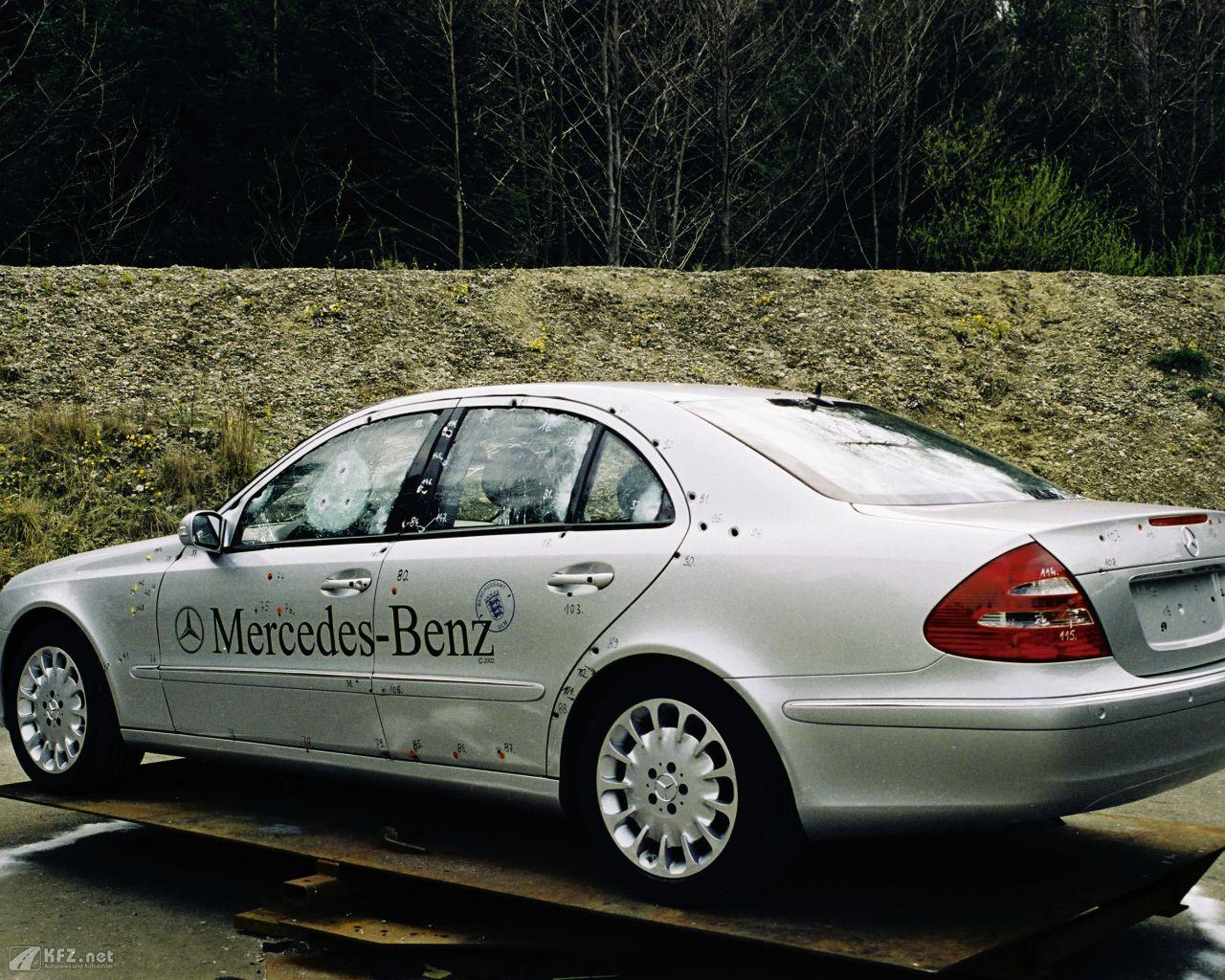 mercedes-s-600-1280x1024-3