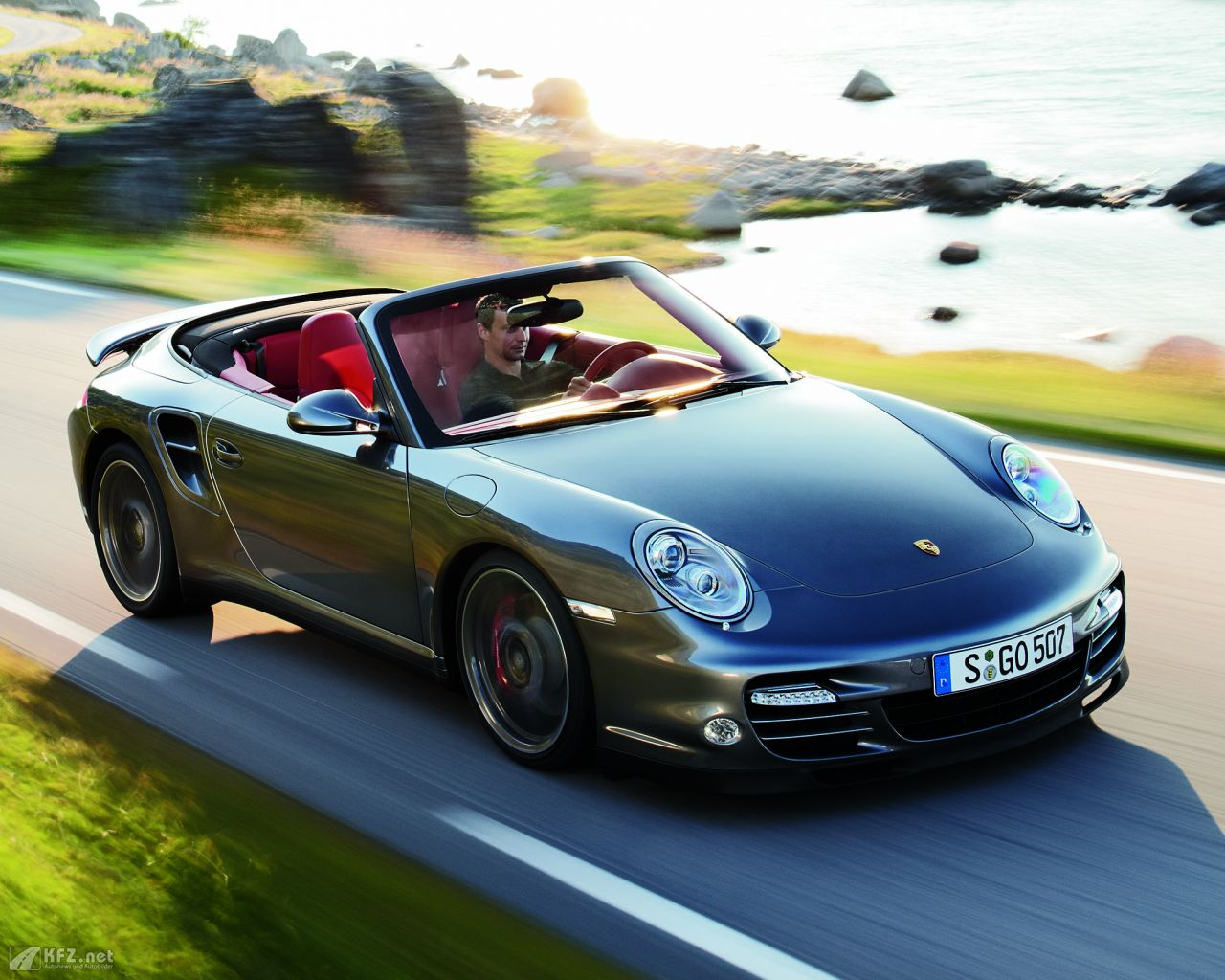 porsche-911-turbo-coupe-1280x1024-15