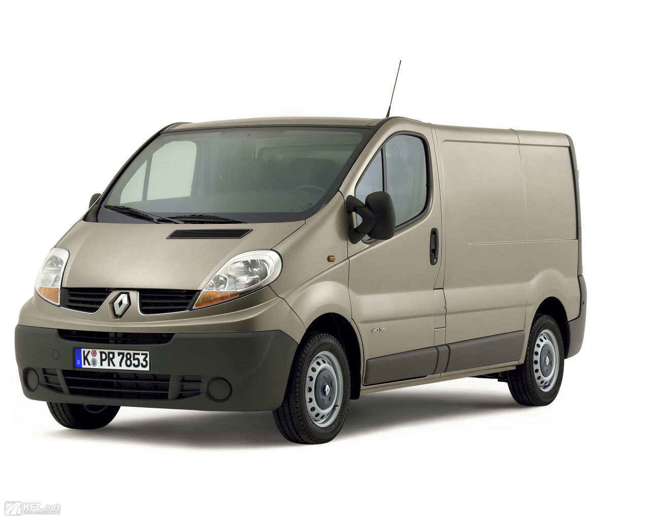 renault-trafic-1280x1024-1