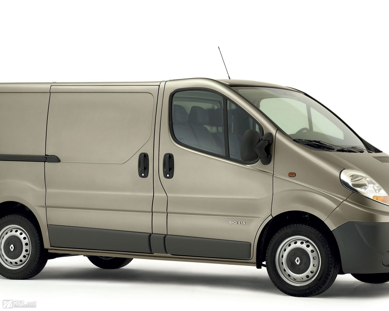 renault-trafic-1280x1024-14
