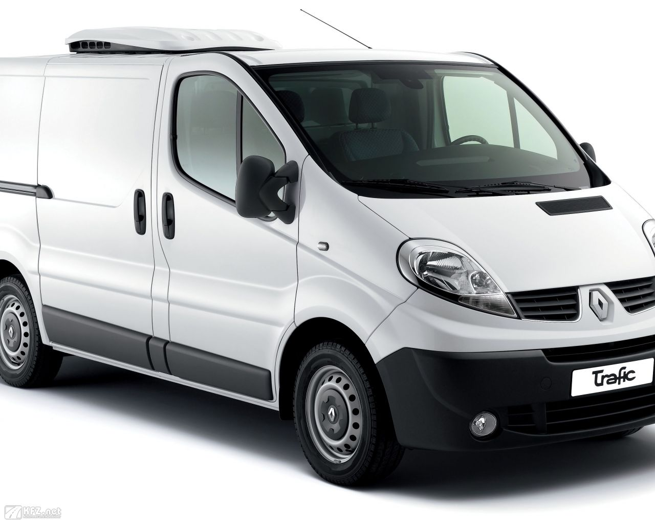 renault-trafic-1280x1024-18