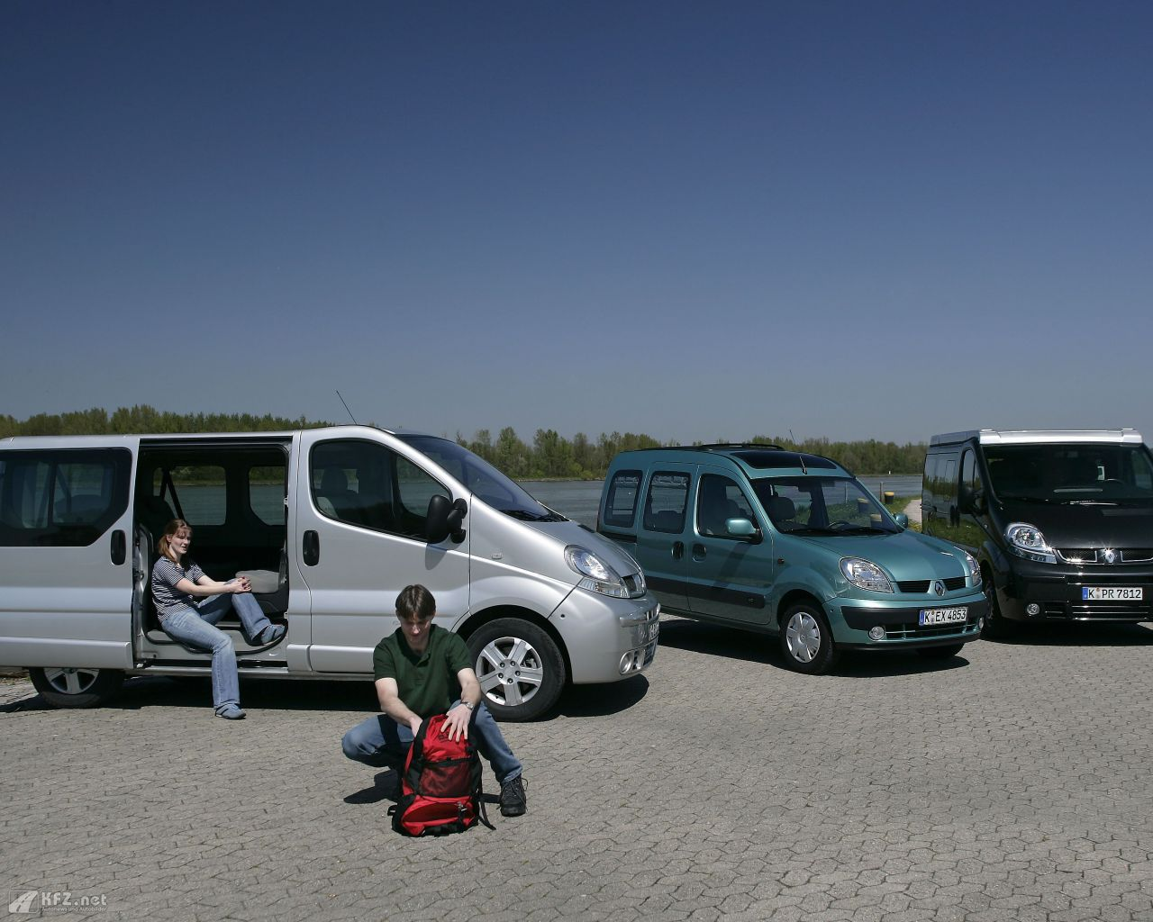 renault-trafic-1280x1024-2