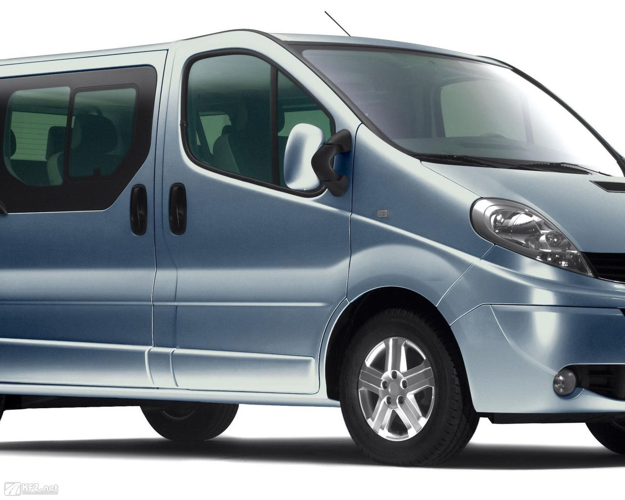 renault-trafic-1280x1024-5