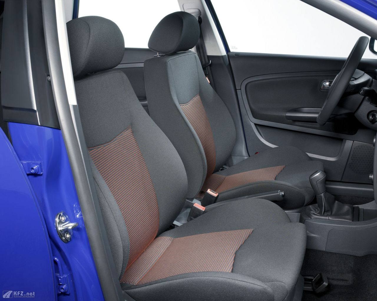 seat-cordoba-1280x1024-4