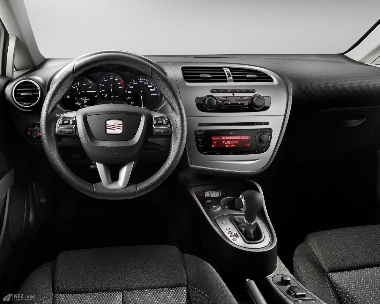 seat-leon-1280x1024-20