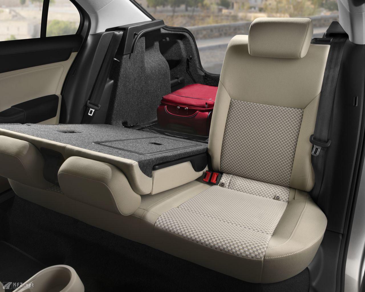 seat-toledo-1280x1024-7