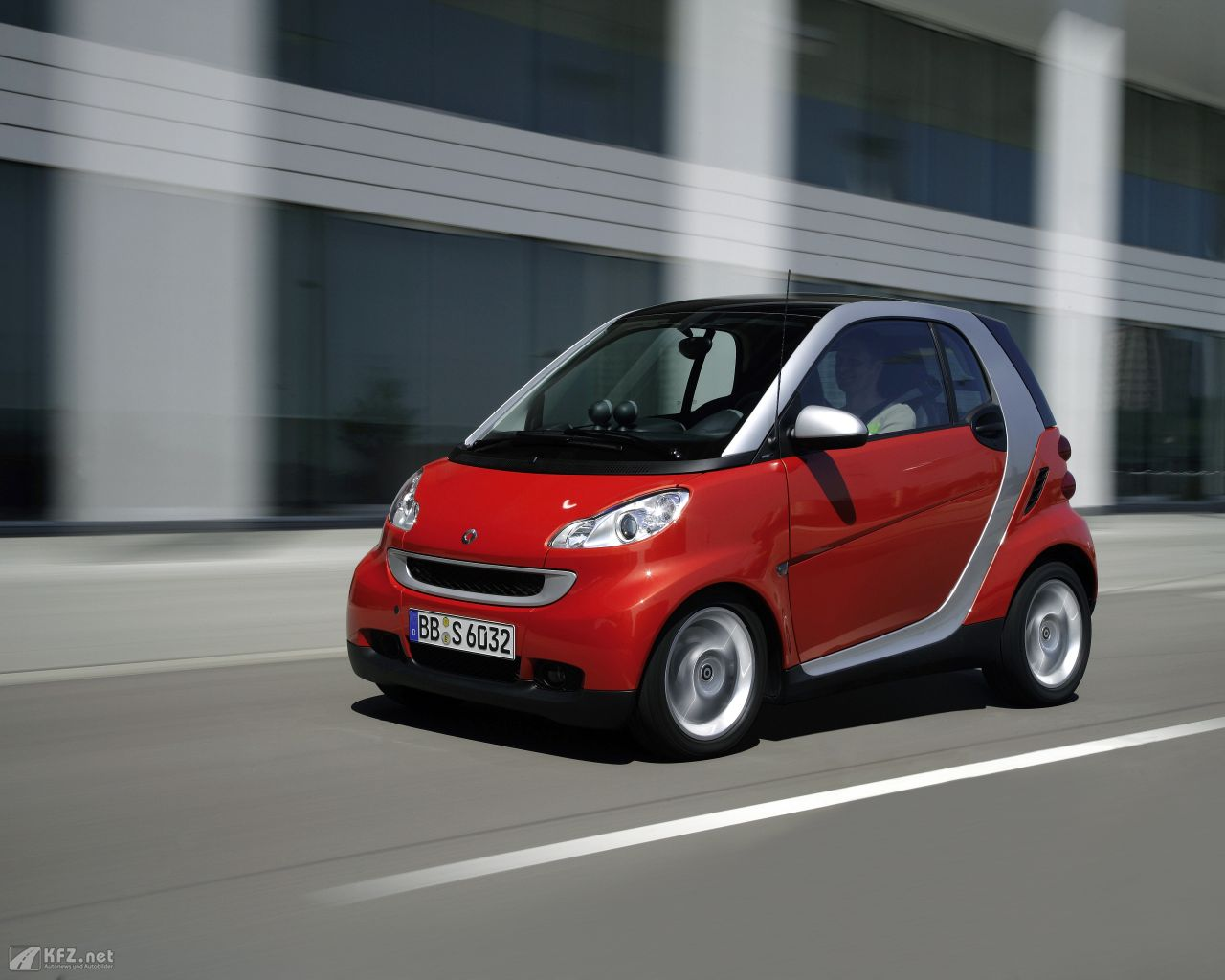 smart-fortwo-1280x1024-1