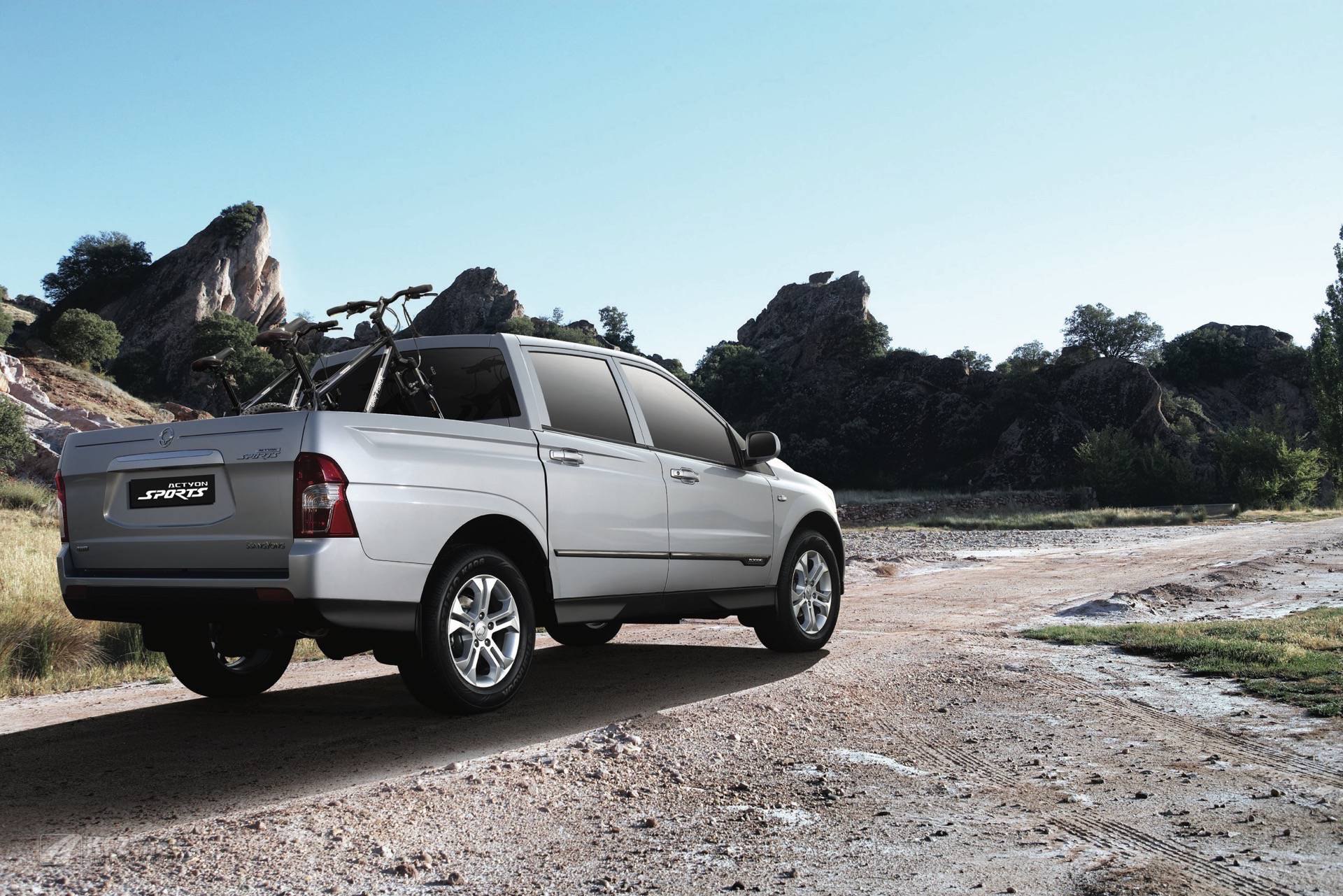 ssangyong-actyon-sports-08