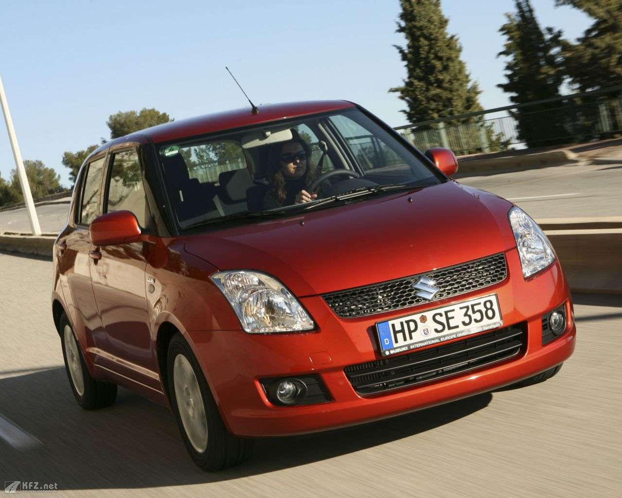 suzuki-swift-1280x1024-1