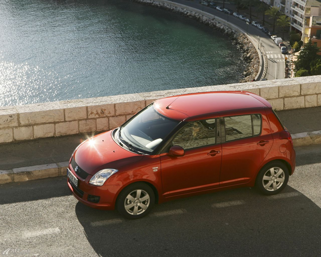 suzuki-swift-1280x1024-14