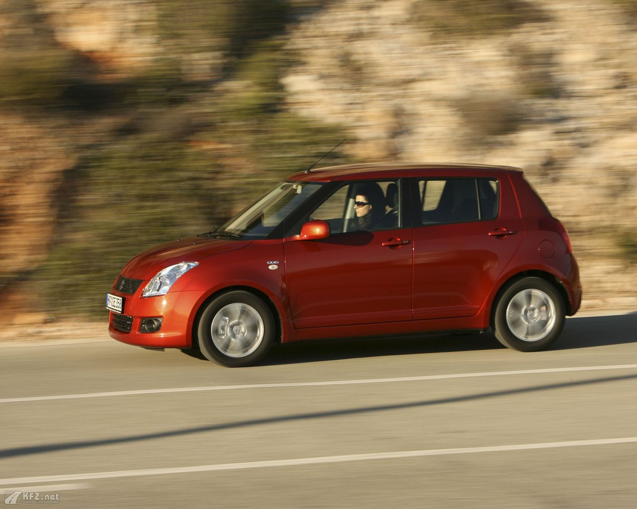 suzuki-swift-1280x1024-16