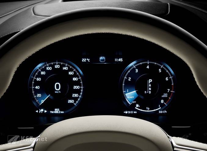Volvo V90 Driver Display