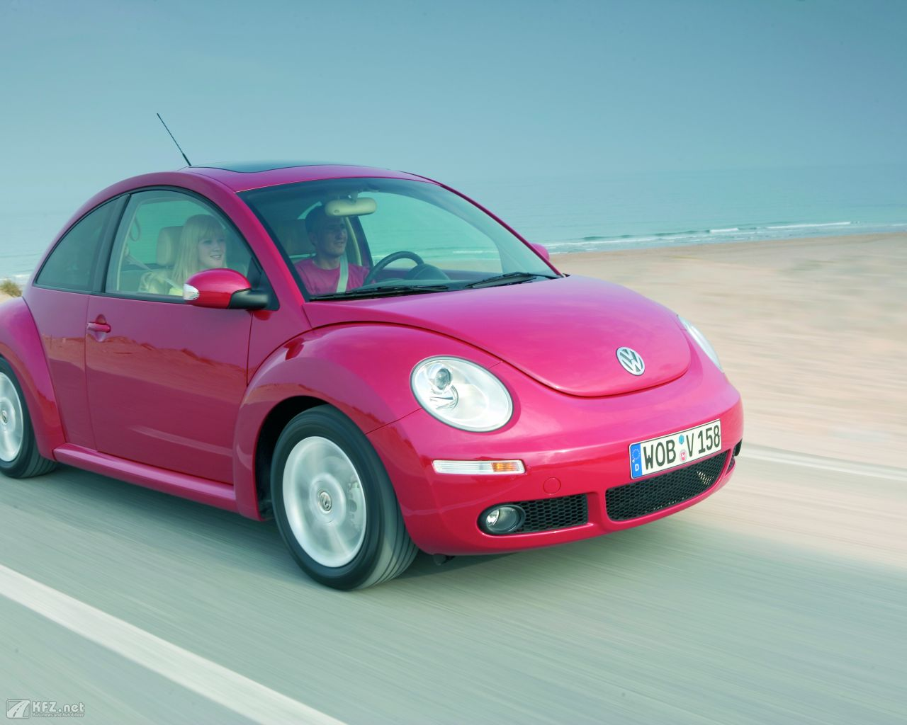 vw-beetle-1280x1024-7