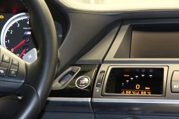 Display vom BMW X6M