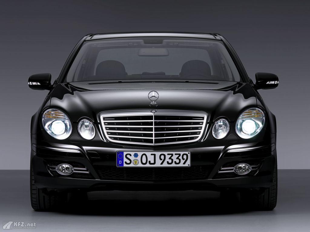 Mercedes E-Klasse Foto