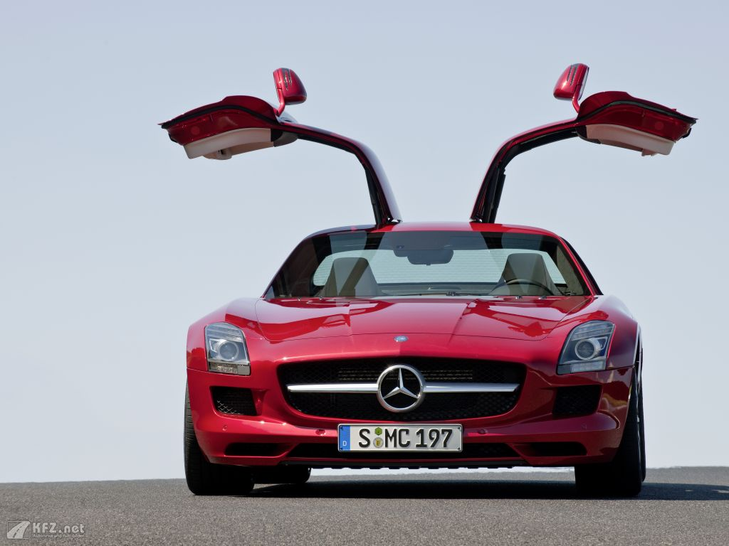 mercedes benz sls amg bilder der supersportwagen. Black Bedroom Furniture Sets. Home Design Ideas