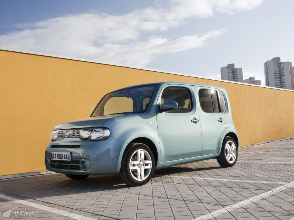 nissan cube bilder der w rfel von nissan. Black Bedroom Furniture Sets. Home Design Ideas