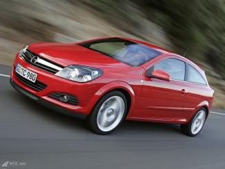 Opel Astra GTC Foto