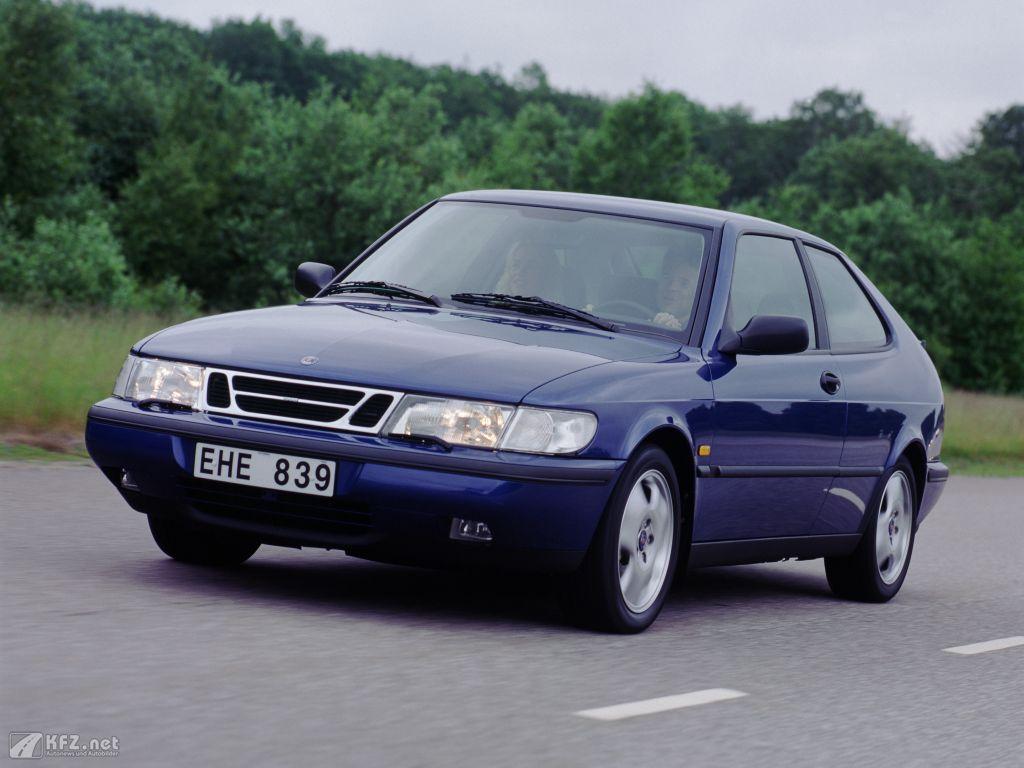 Saab 900 Foto