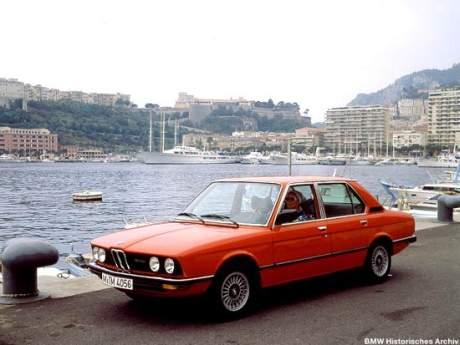 Die Limousine hat lange Tradition in der BMW Geschichte