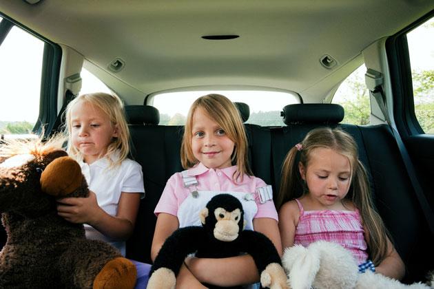 Autofahrt mit Kindern Bild