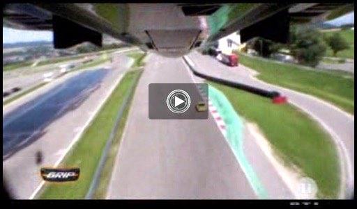 Porsche 911 gegen F4 Kampfjet