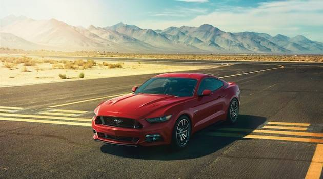 Ford Mustang rotes foto
