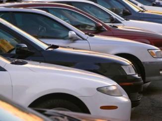 Zum Verkauf stehende Gebrauchtwagen.