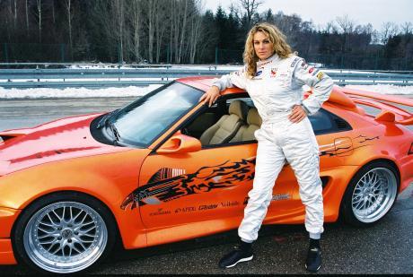 Christina Surer als Rennfahrerin