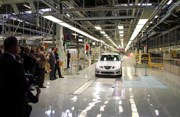 Rescue Saab. Auto läuft vom Band