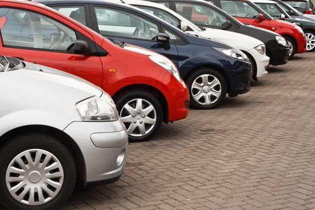 Leasingrueckläufer beim Autohändler
