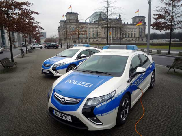 Berliner Opel Ampera
