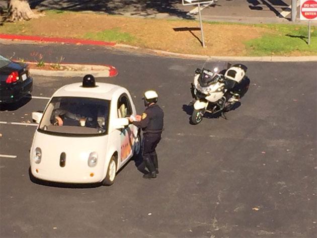 Google Auto angehalten