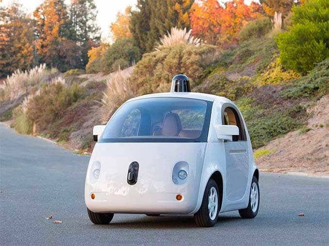 Weißes Google Waymo Auto