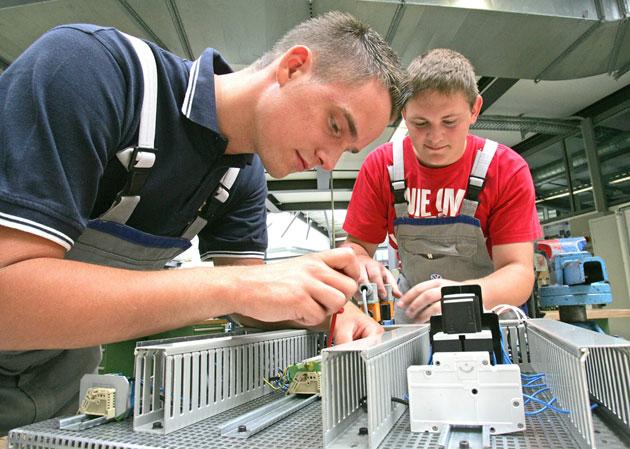 Kfz Mechatroniker Ausbildung