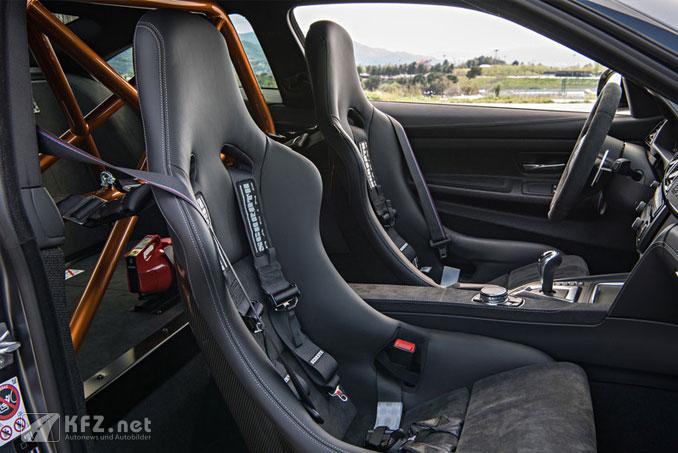 Foto M4 GTS Cockpit