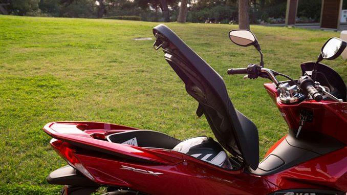 Honda PCX125 Gepäckfach