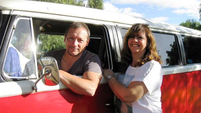 Marion und Ingo im Camper unterwegs