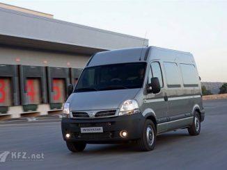Nissan Interstar Lieferwagen